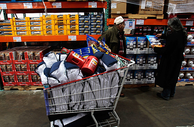 Consumers Continue To Hold Back On Spending, As GDP Falls In Third Quarter
