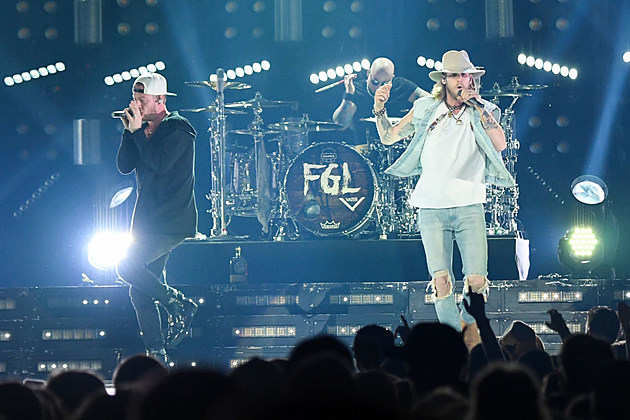 Florida Georgia Line With Special Guests Dustin Lynch And Chris Lane Dig Your Roots Tour - Newark, New Jersey